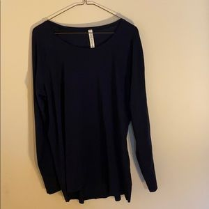 Lululemon like new-never wore, women's long sleeve
